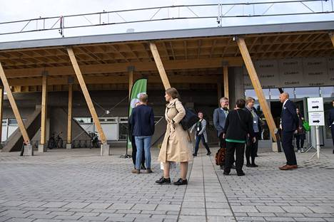 Ennen poistumistaan Katri Kulmuni oli jo käynyt äänestämässä keskustan varapuheenjohtajista.