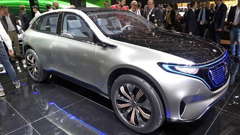 Mercedes-Benz EQ -konseptiauto esiteltiin Pariisissa 2016.