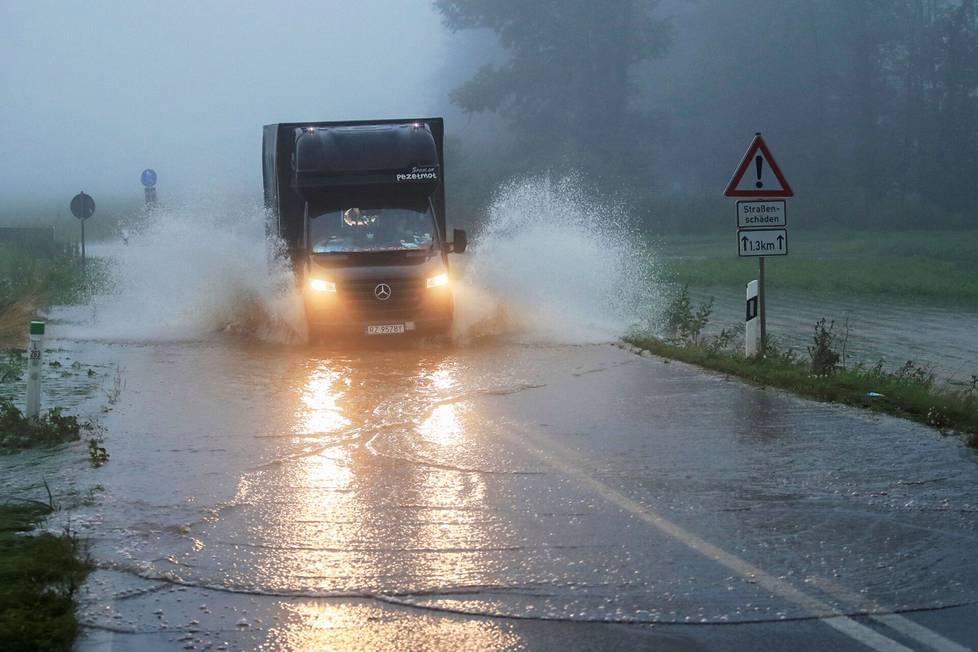 Erftstadtissa Saksassa on satanut rankasti.
