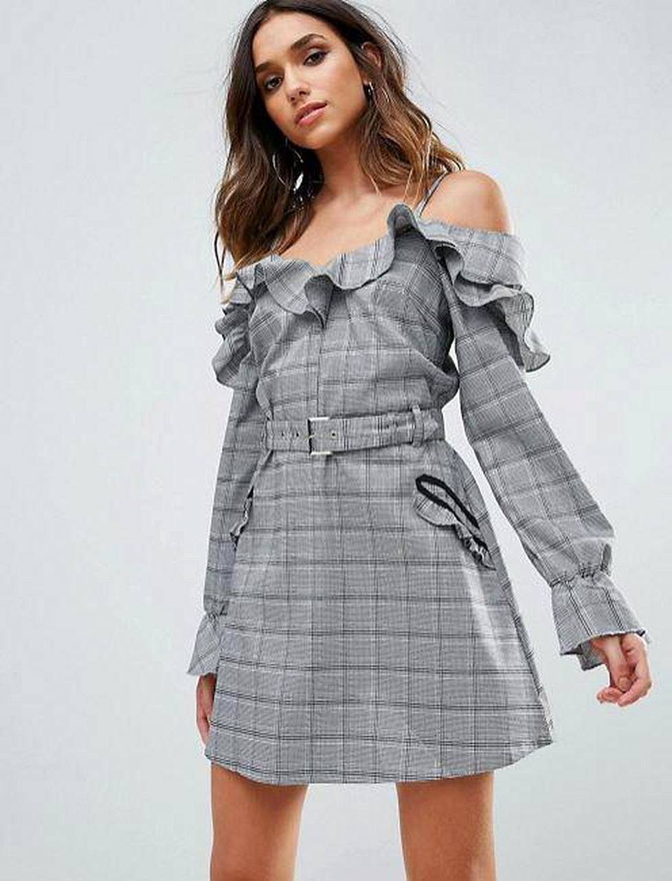 Mekko 47,30 €, Missguided / Asos.