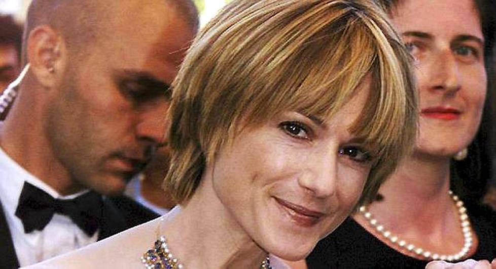 Holly Hunter poseerasi Cannesin elokuvafestivaaleilla.