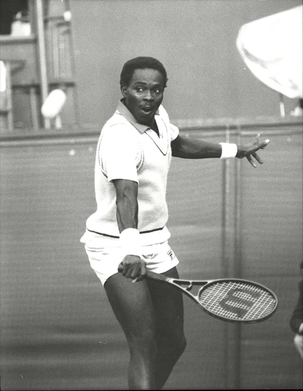 Afrikan kovin tennistähti Nduka Odizor oli Rahnastoa vastassa Benin Cityn loppuottelussa.