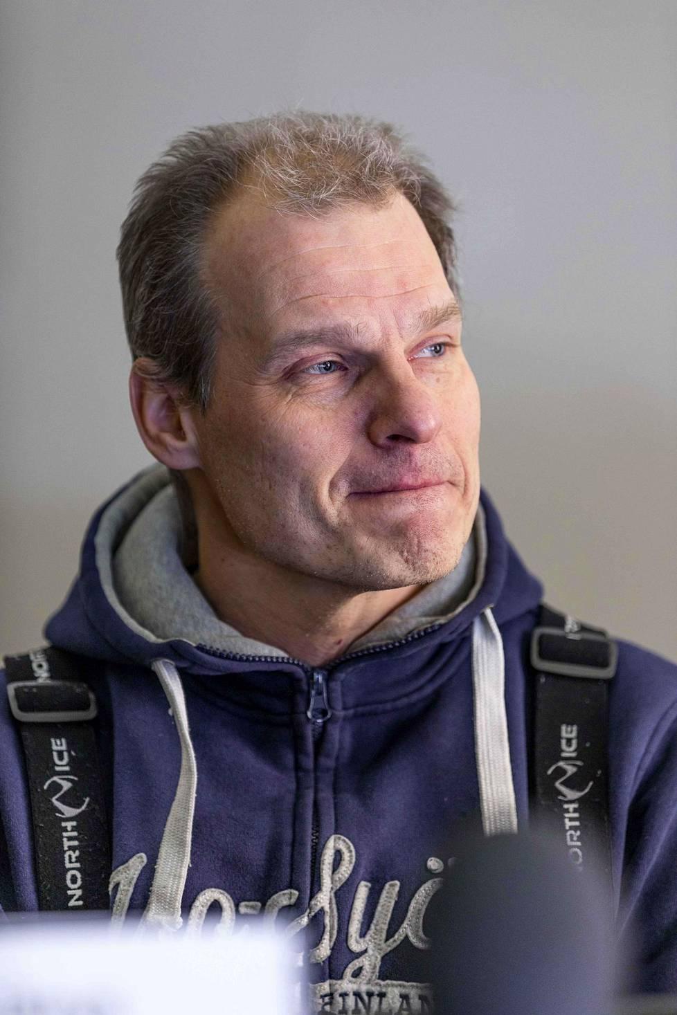 Hotellinjohtaja Juha Kuukasjärvi.