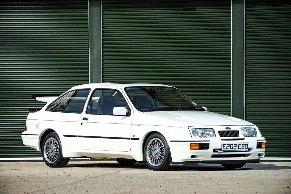 Ford Sierra Cosworth RS500.