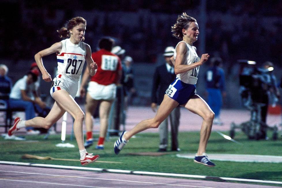 Nina Holmén otti EM-kultaa Roomassa 1974.