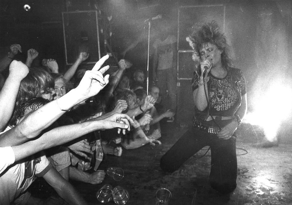 Sliipparit Helsingin Tavastialla 1982.