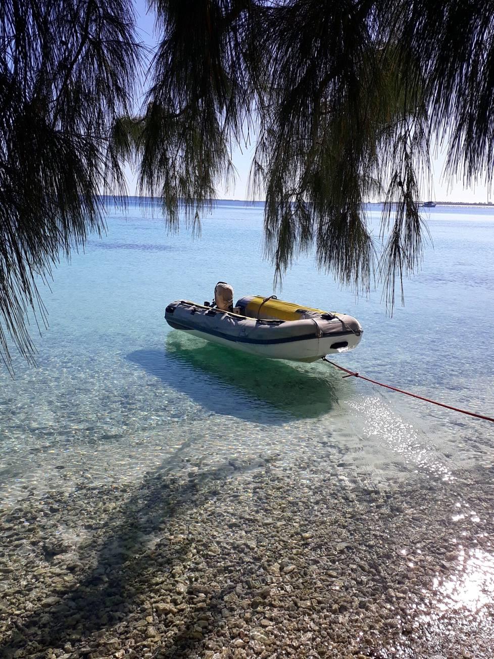 Maiseman Fakaravan atollilta Mooreasta, Ranskan Polynesiasta.