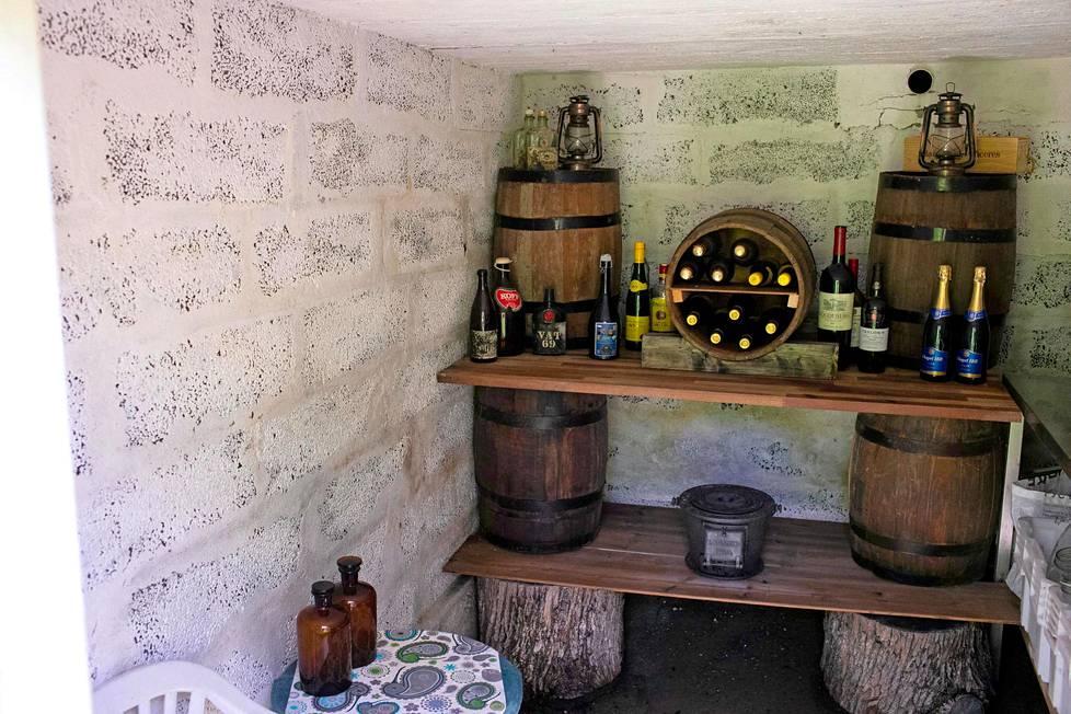 Viinikellari on Tomi-isännän valtakuntaa.
