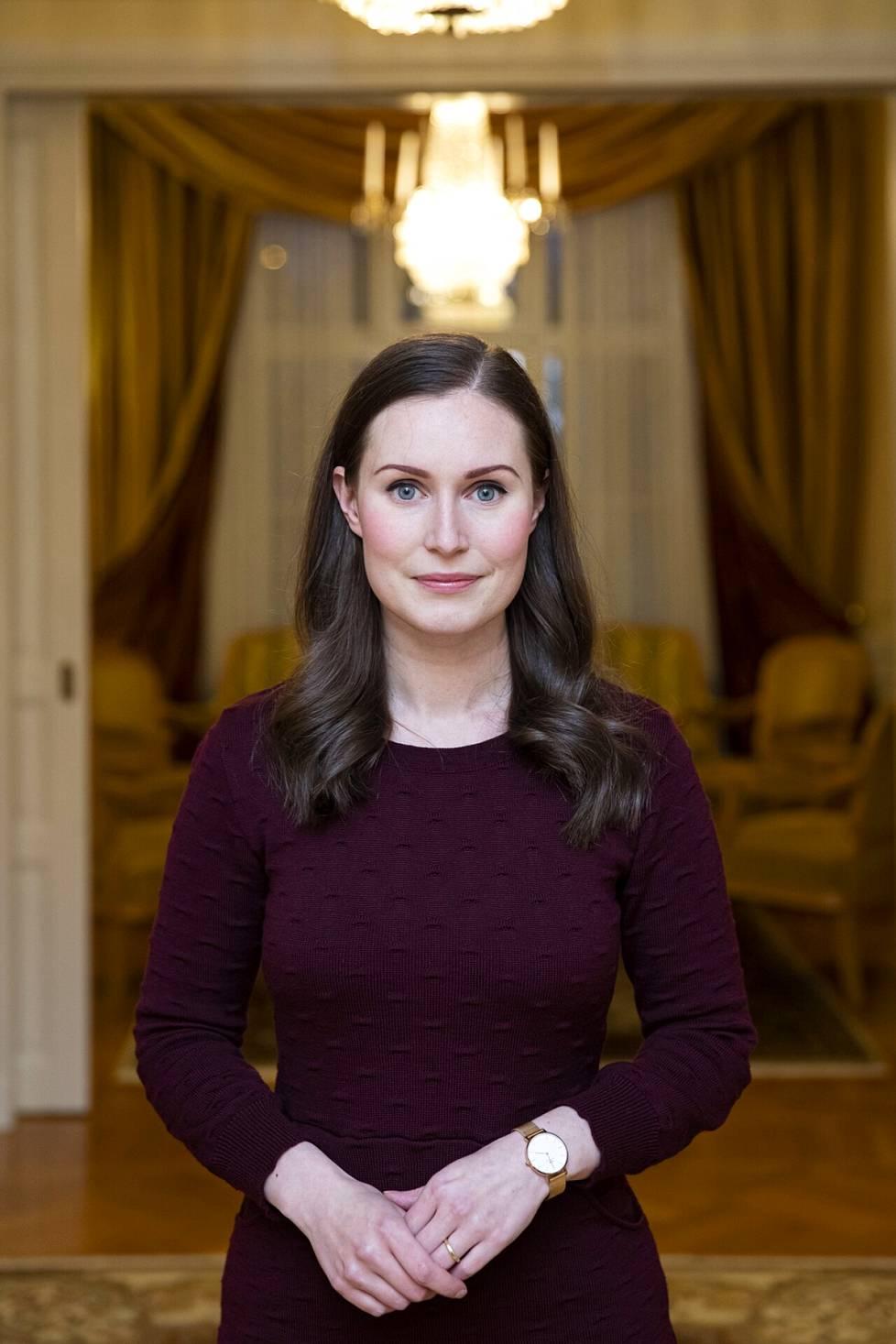 – Politiikan journalisteilta on tullut viestiä, että Marin on etäinen tai hän pitää tiukkoja rajoja julkisuuden suhteen, Anu Koivunen sanoo.