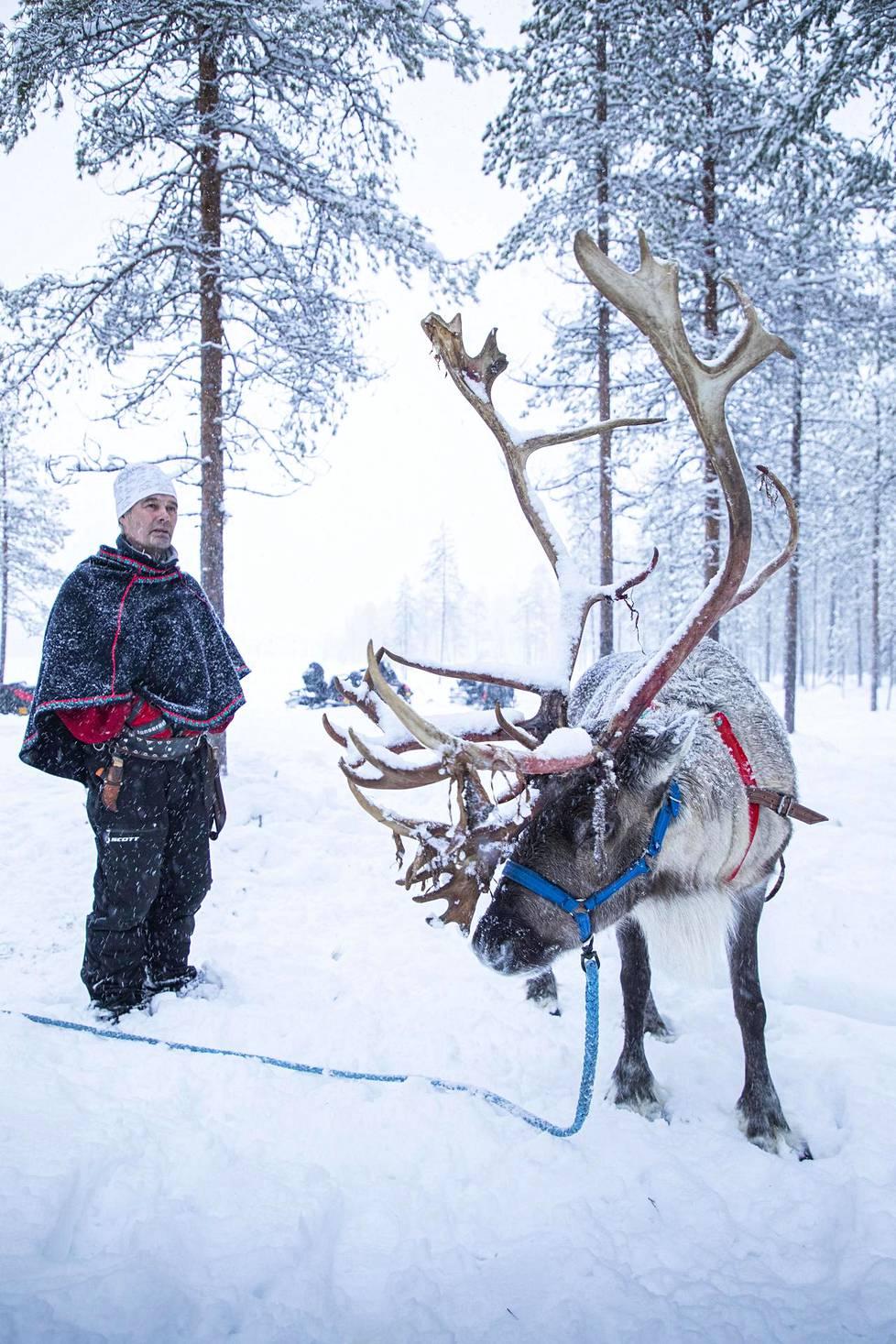 Iso-Syöte sijaitsee Lapin eteläpuolella Kuusamon ja Oulun välillä.