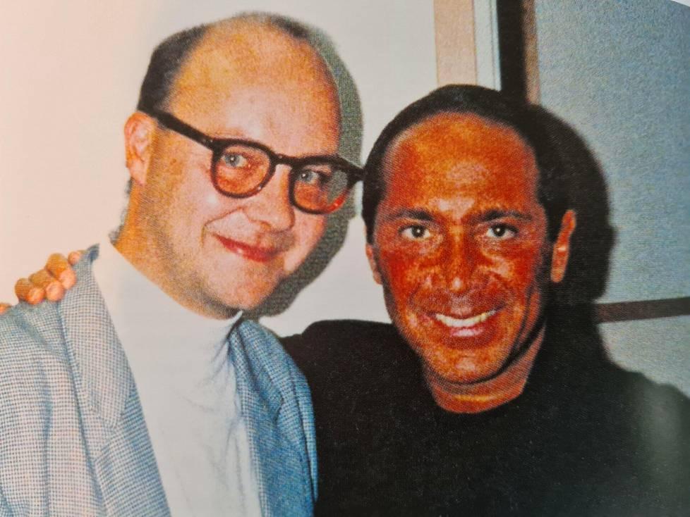 Lasse Norres ja Paul Anka ikuistettiin kuvaan Lappeenrannassa 1989.