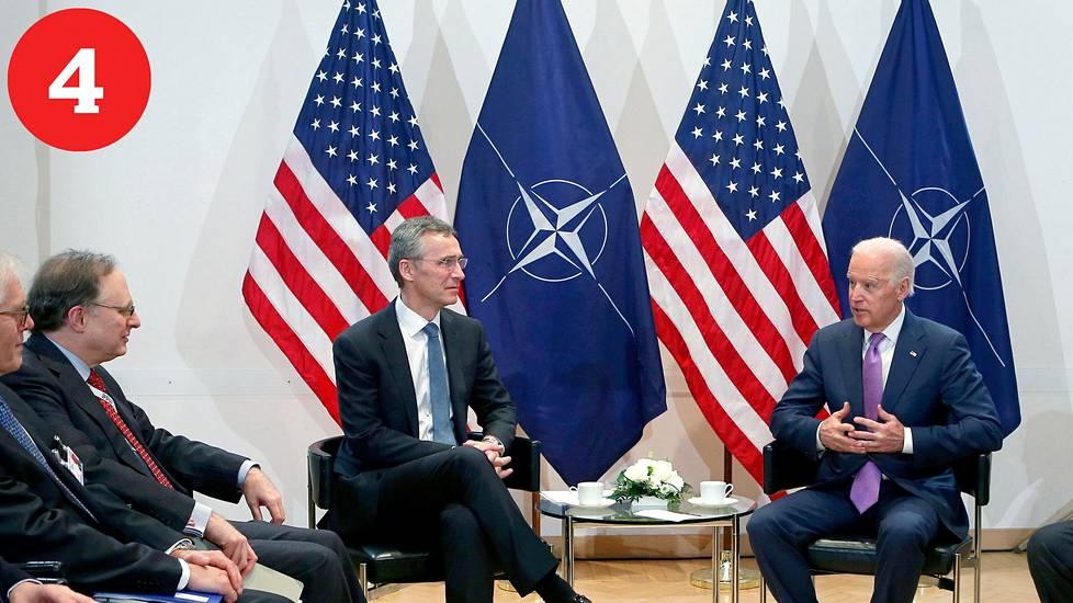 Yhteistyö: Suhteet kansainvälisiin järjestöihin kuten Natoon paranevat.