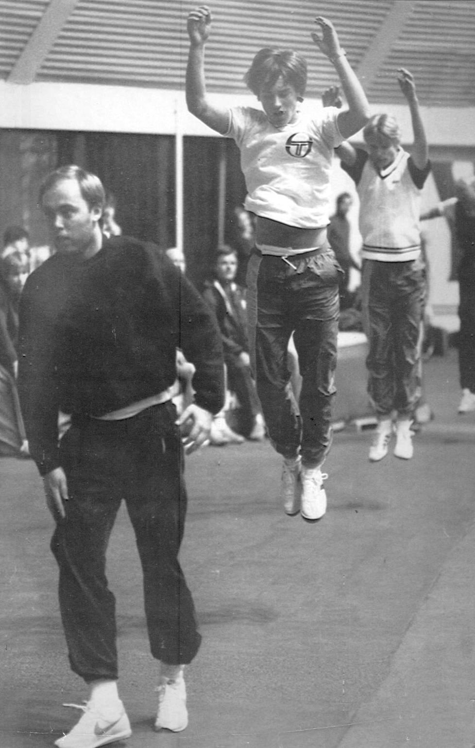 Leo Palin, Olli Rahnasto ja Mika Hedman maajoukkuleirillä vuonna 1982.
