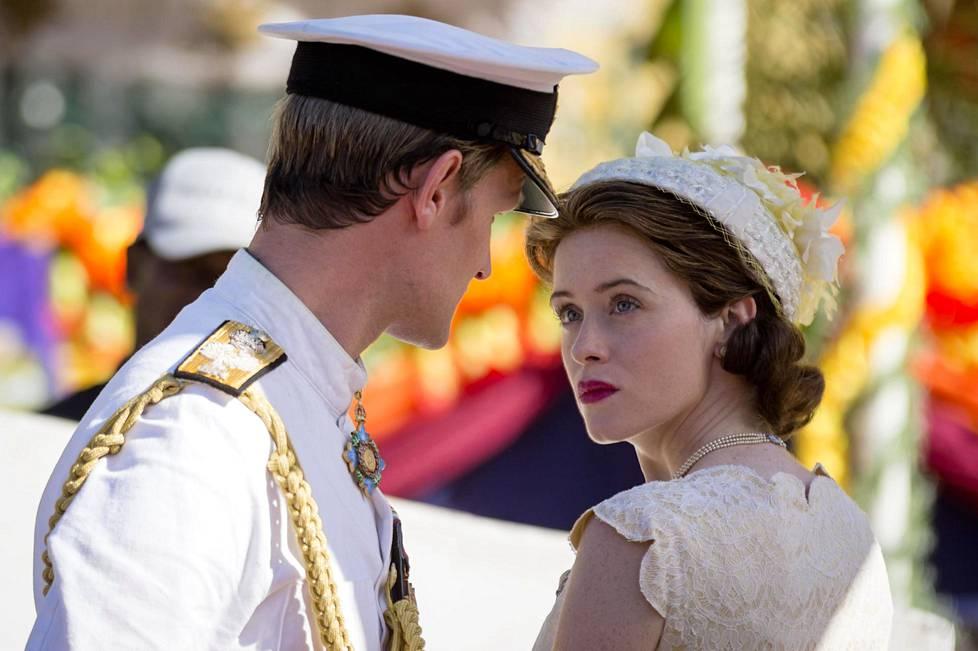 The Crown -sarjan ensimmäisellä ja toisella kaudella nuorta kuningatarta näytteli Claire Foy.