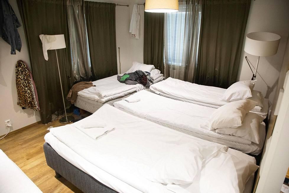 Sinkkujen sänkyjä Keisari-huvilassa.