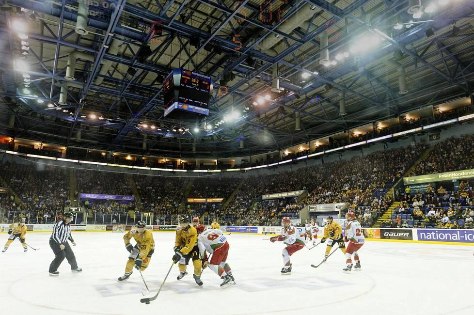 Motorpoint Arena täyttää kaikki kelpo jääkiekkopyhätön kriteerit.