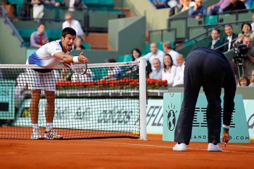 Novak Djokovic purnasi tuomiosta vuoden 2010 Ranskan avoimissa.