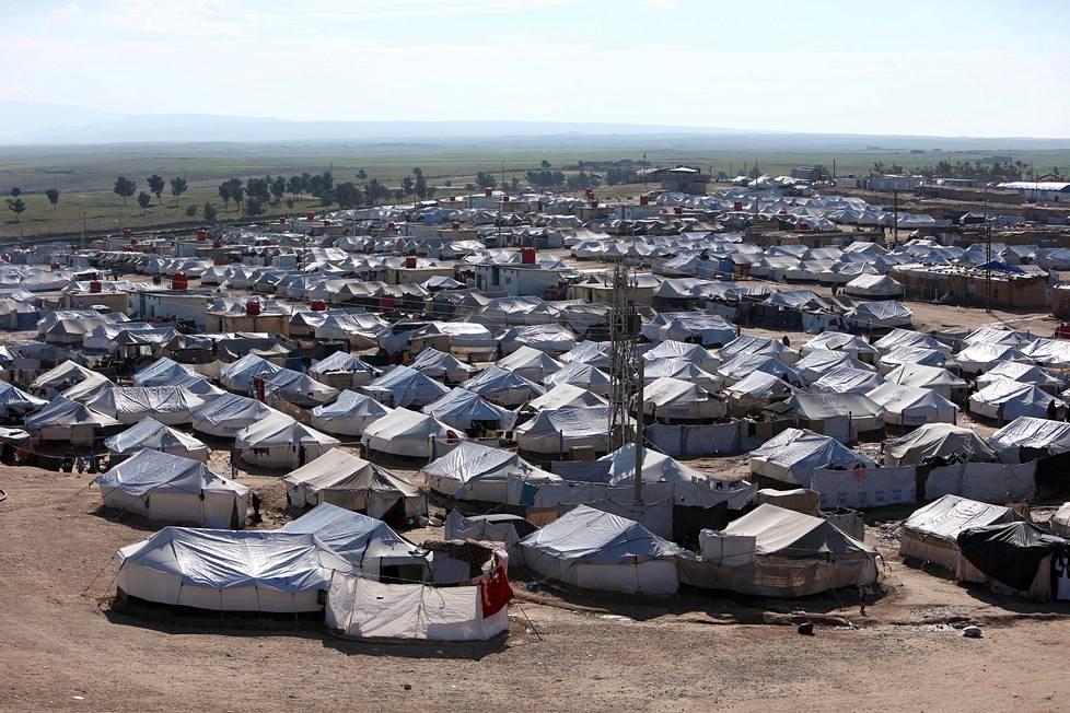 Valtavalla telttaleirillä asuu kymmeniätuhansia ihmisiä.
