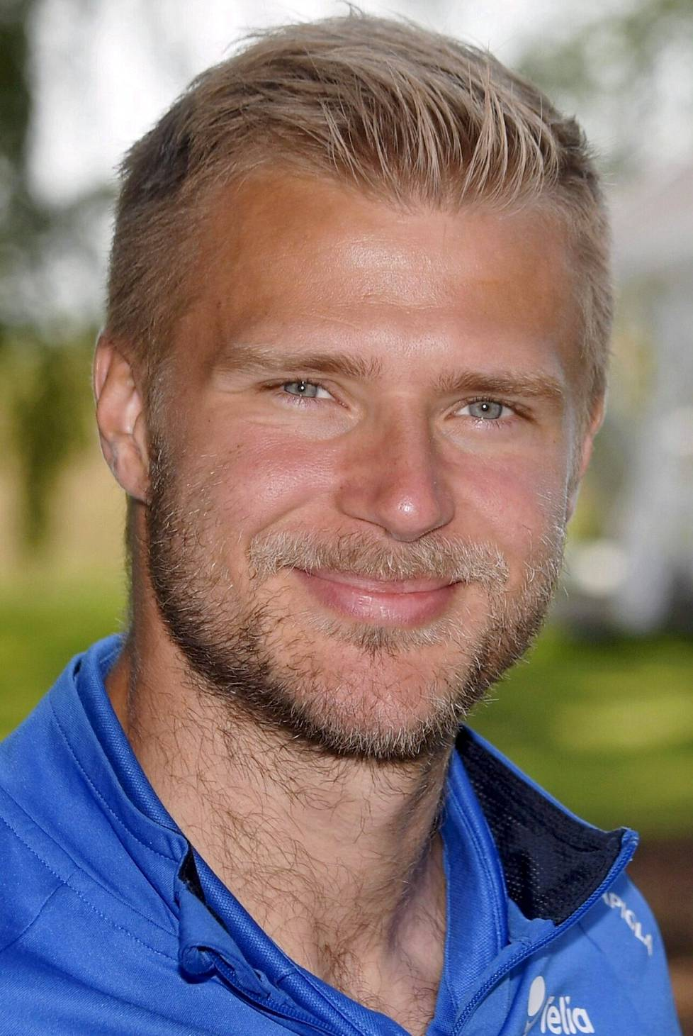 Paulus Arajuuri.
