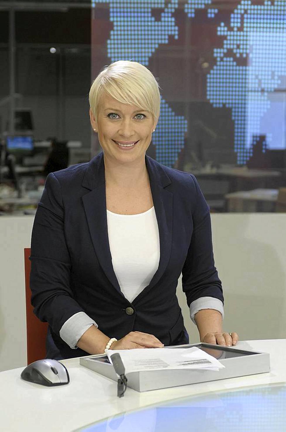 Äänestä kaikkien aikojen uutisankkuri! - Viihde - Ilta-Sanomat