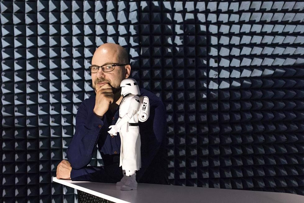 Avaruustekniikan apulaisprofessori Jaan Praks pitää Apollo 11 -lennon valmistelunopeutta uskomattomana.