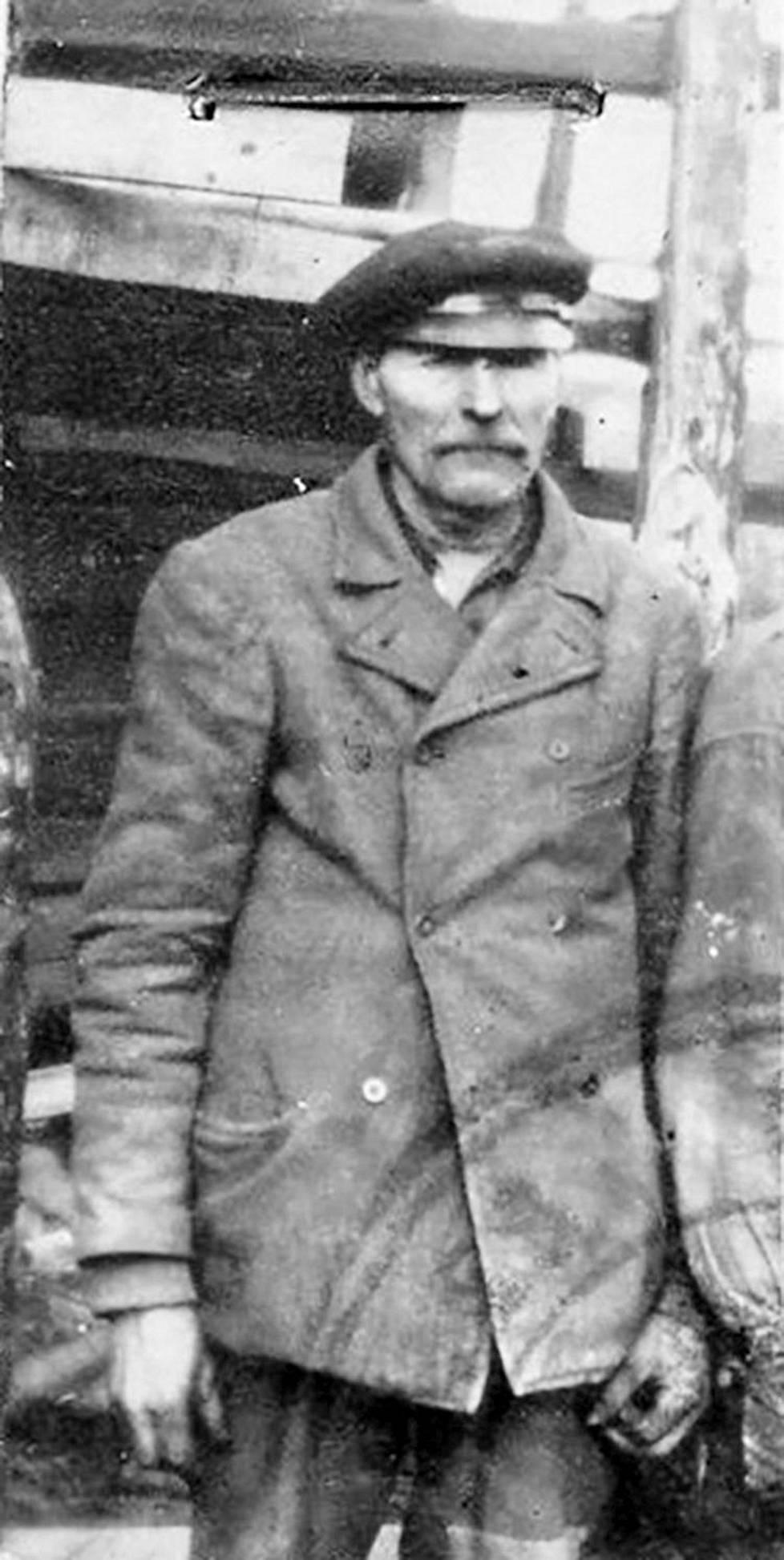Puun ensimmäinen omistaja Otto Jaakkonen (1866-1949)