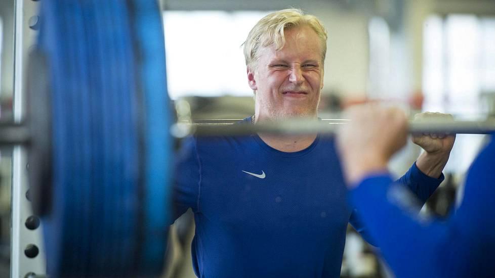 Patrik Laine treenasi kesän 2016 Hannu Rautalan opein.