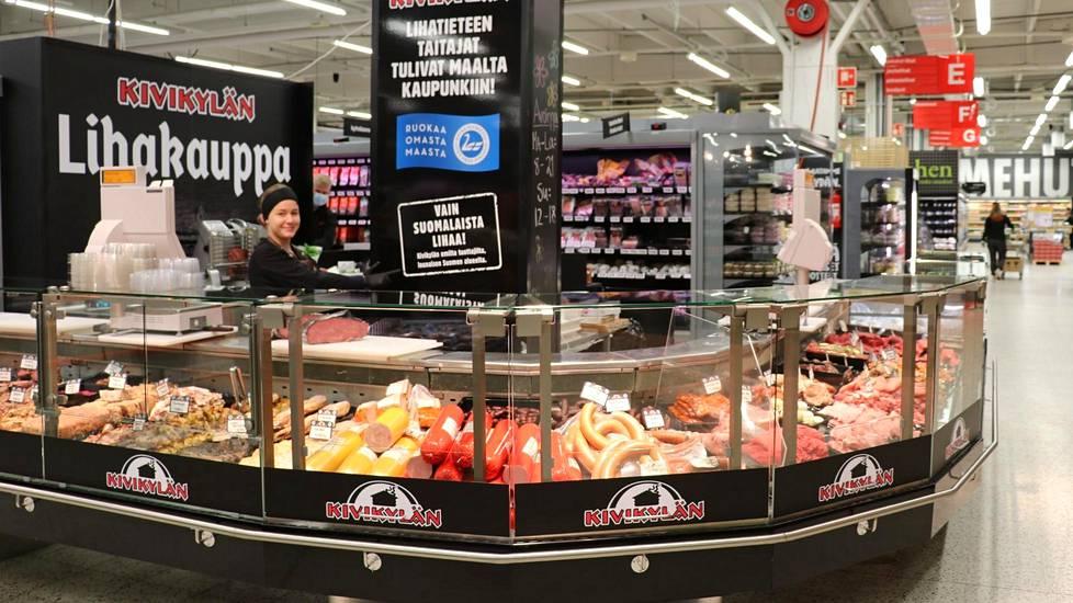 Kupittaan K-Citymarketissa kaikki palvelutiskit ovat avoinna myös sunnuntaisin. Sunnuntaista on tullut iso kauppapäivä.