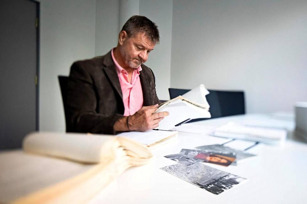 –Juttu elää edelleen. Meille tulee joka vuosi muutamia vihjeitä, kertoo Jämiäluoman murhan tutkinnanjohtaja, rikoskomisario Kimmo Heinonen.