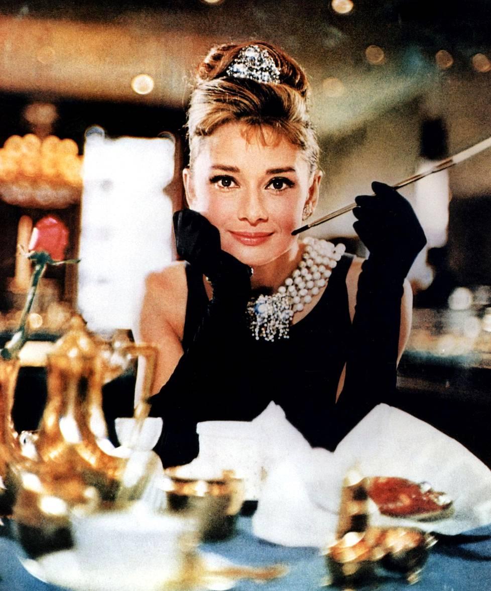 Aamiainen Tiffanylla -elokuva on yksi Hepburnin ikimuistoisimpia töitä.
