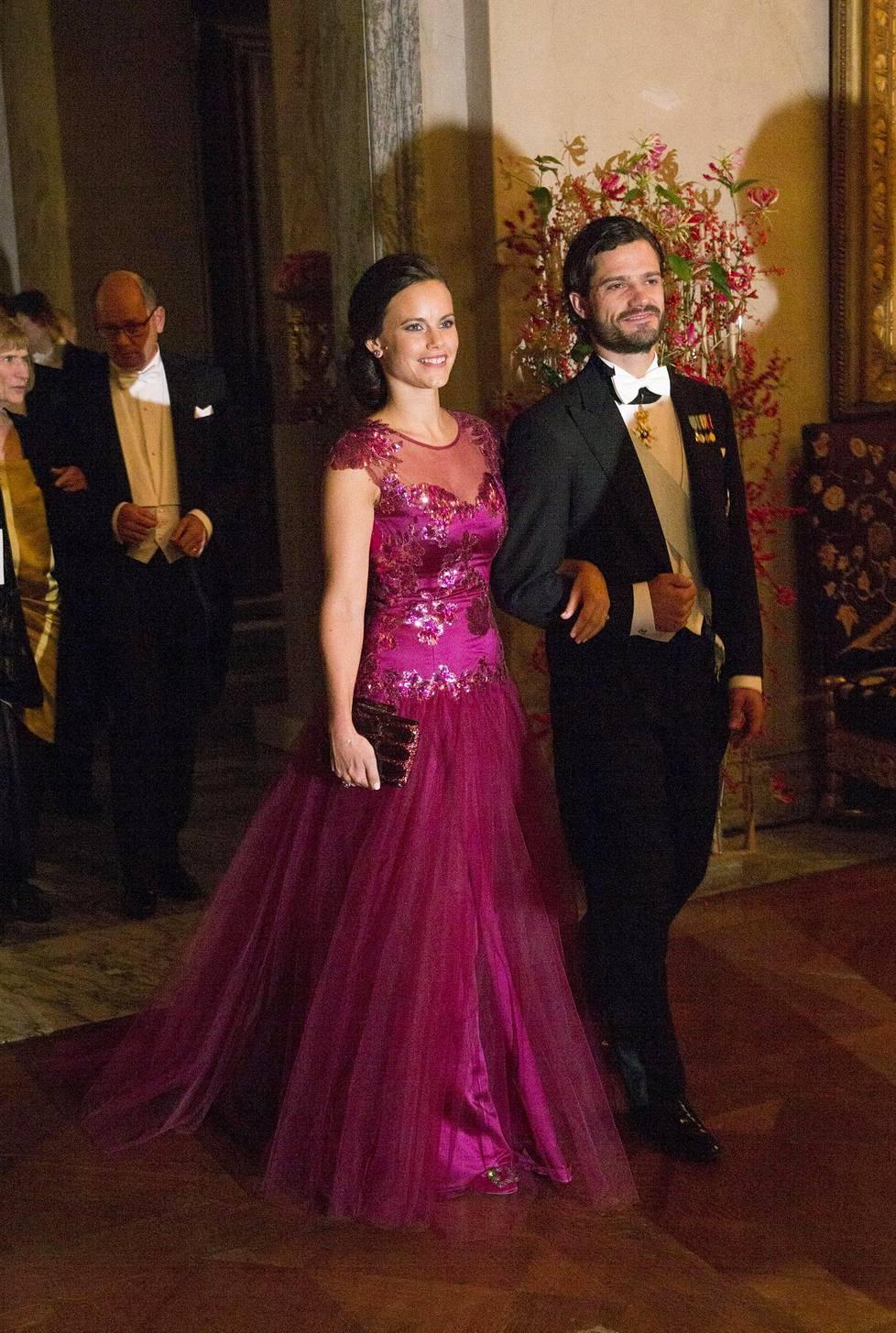 Prinsessa Sofian ensiesiintyminen Carl Philipin kanssa Nobel-gaalassa tapahtui vuonna 2014, jolloin media seurasi paria herkeämättä.