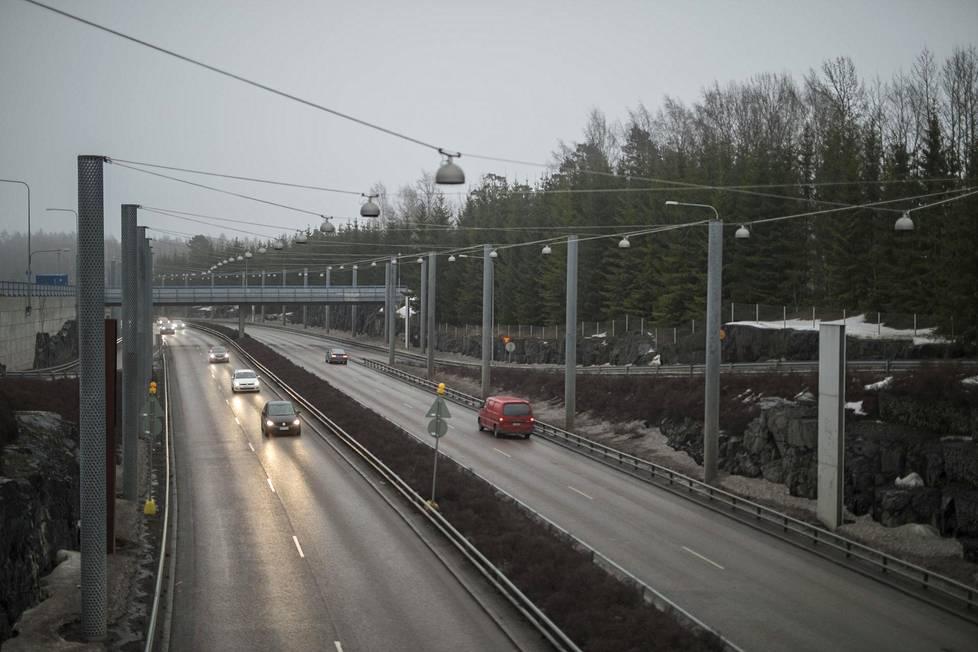 Salafistiverkosto on keskittynyt Itä-Helsingin Meri-Rastilaan ja Vuosaareen.