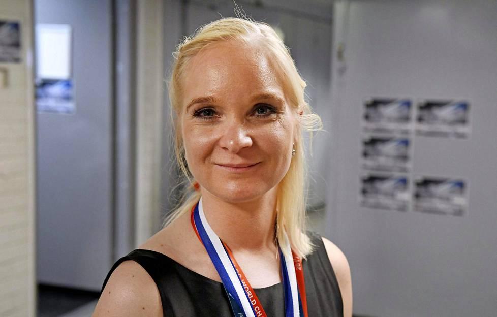 Titta Heikkilä sanoo oppineensa kärsivällisemmäksi.