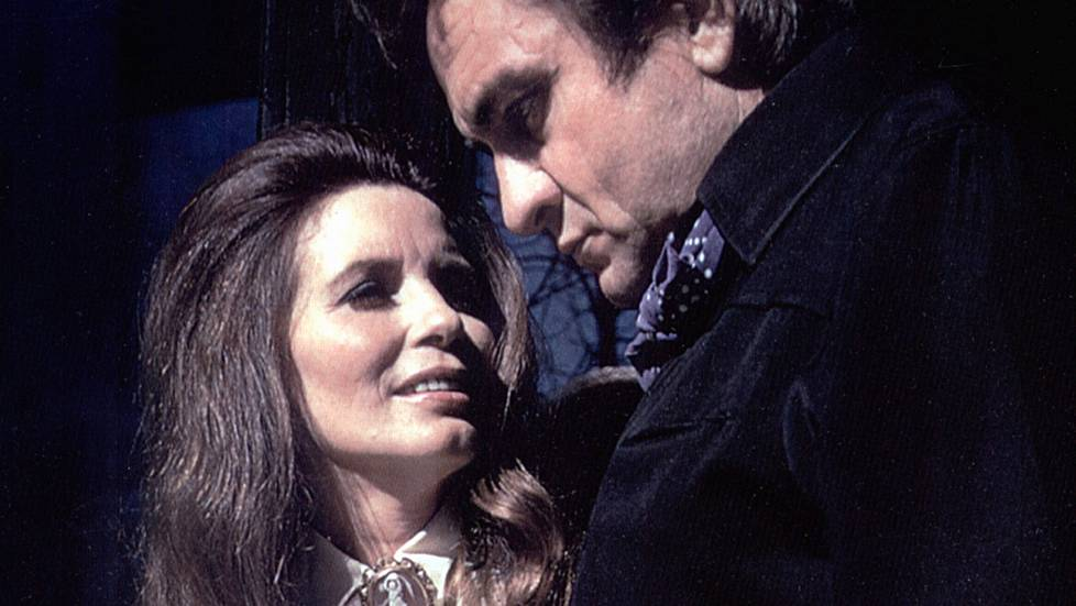 June Carter Cash ja Johnny Cash vuonna 1973.
