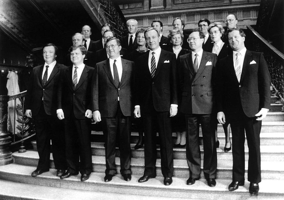 Yleiset syyt lakkasivat olemasta vuonna 1987 ja kokoomuksen 21 vuoden oppositiotaival päättyi.