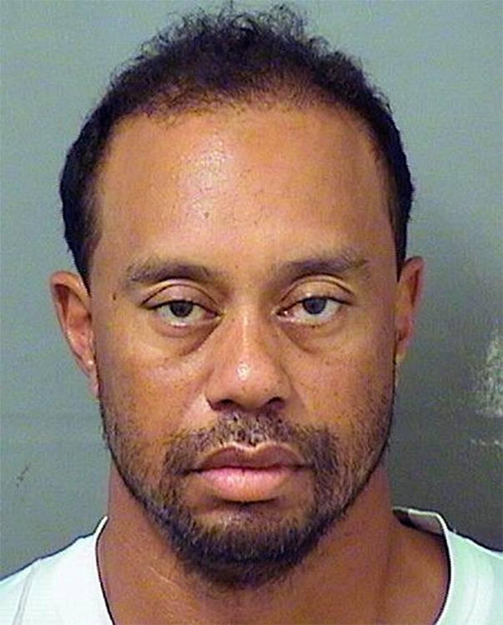 Tiger Woodsin pidätyskuva vuodelta 2017.