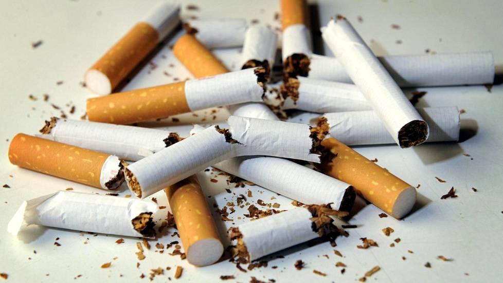 Näin tupakoinnin lopettaminen vaikuttaa: Muutoksia huomaa jo parissa päivässä - Terveys - Ilta ...