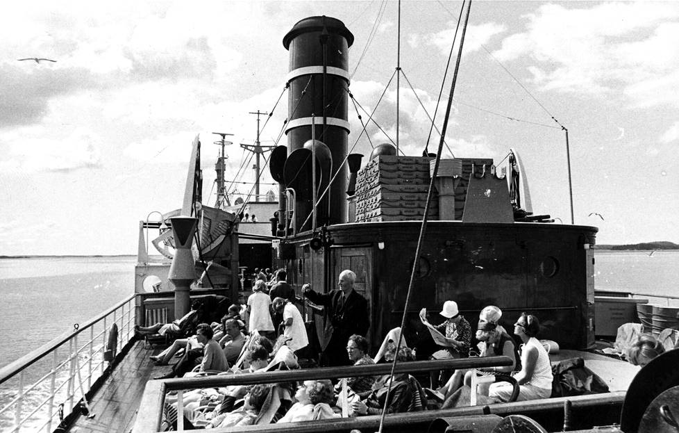 Matka alkoi Ariadne-laivalla.
