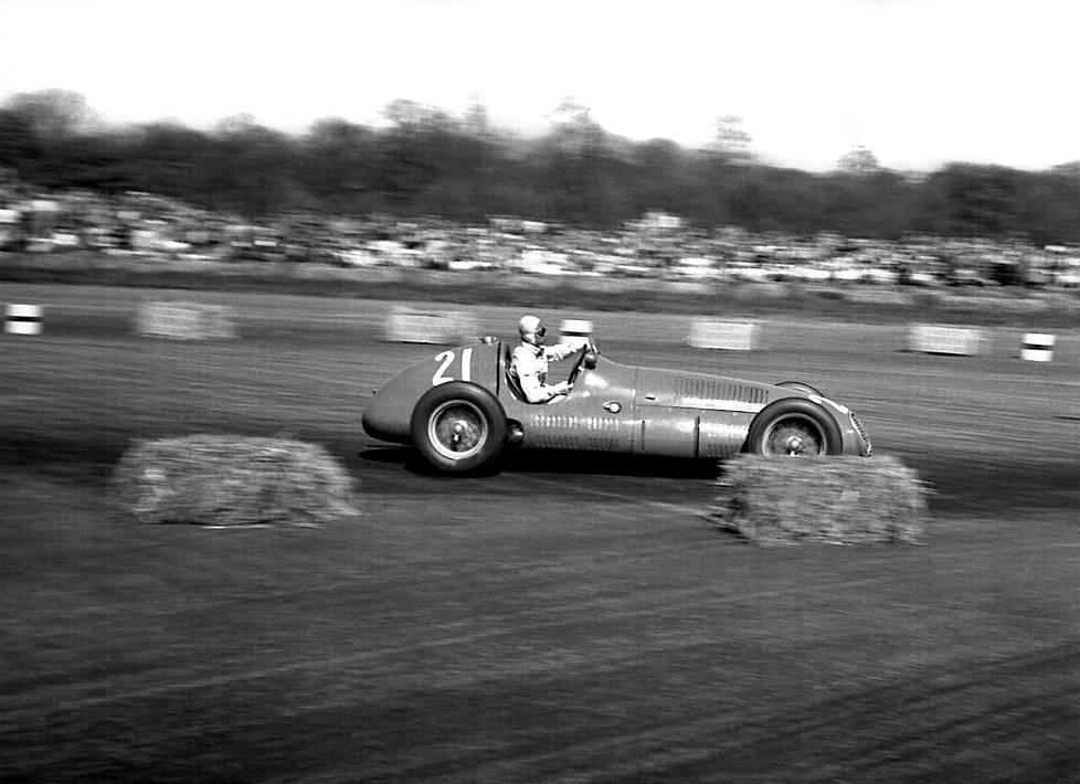 Maseratilla ajetty F1-debyytti päättyi keskeytykseen.