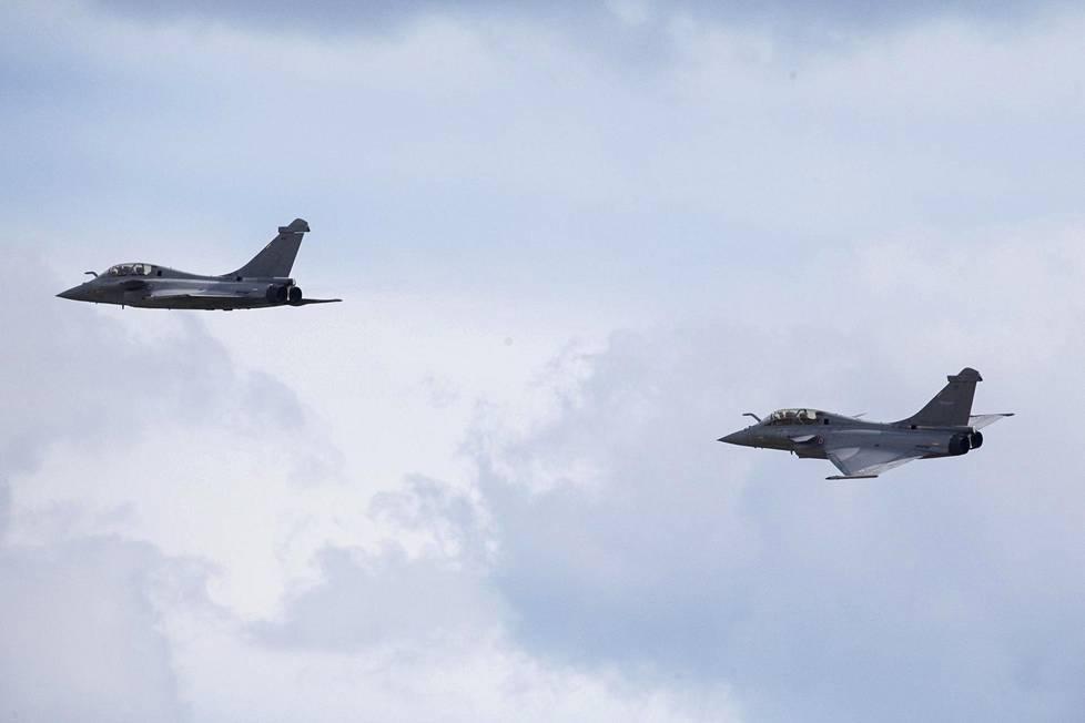 HX-hankkeeseen osallistuva ranskalainen Rafale hävittäjä lensi duona.