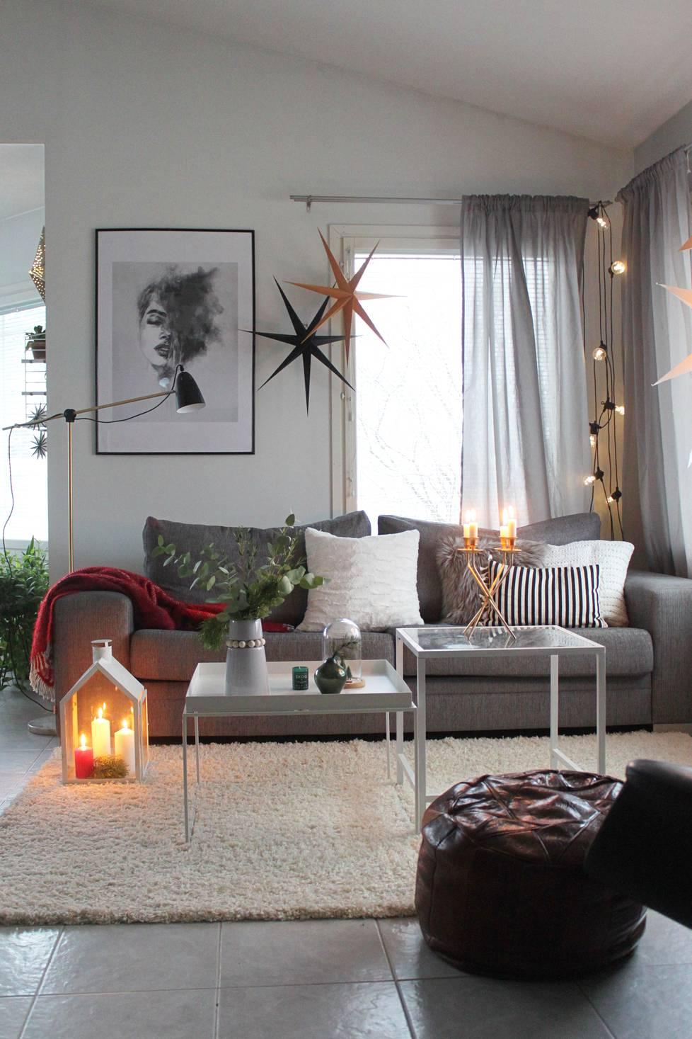 Seinäjokelainen sisustussuunnittelija Marika Mäki-Haapoja tykkää sekoittaa uutta ja vanhaa.