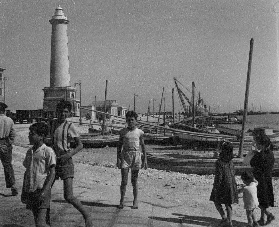Sisilialaisia lapsia 50-luvun puolivälissä.