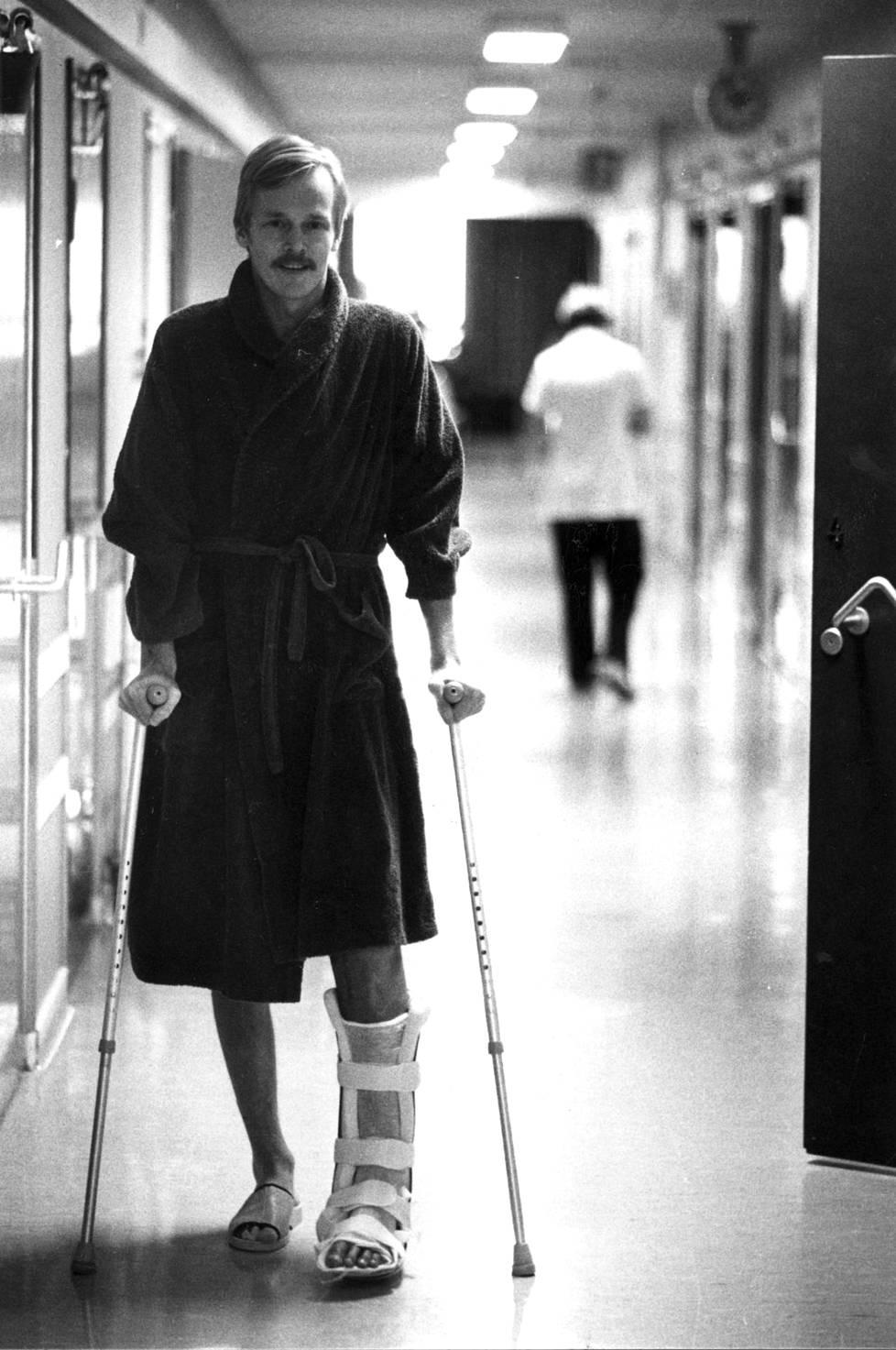 Ari Vatanen loukkaantui Argentiinan rallissa 1985.