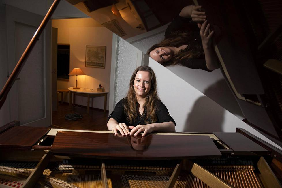 Korona pyyhki pianisti Anni Collanin kalenterin puhtaaksi.