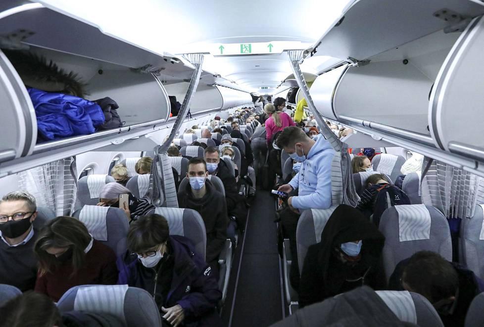 Finnairin lento Helsingistä Kittilään oli loppuunmyyty.