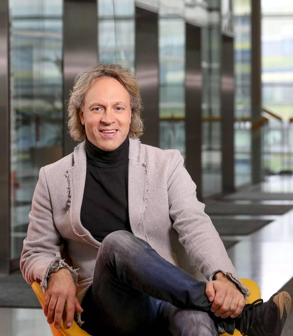 Kari Aihinen myöntää, että Hans Välimäen, Tomi Björckin ja hänen itsensä johtamien ravintoloiden mahtuminen samaan kaupunkiin on ollut haasteellista.
