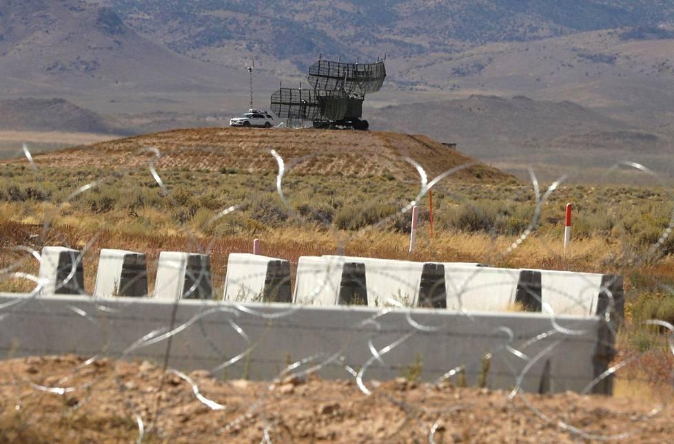 Aluetta vartioitiin myös tutkilla.