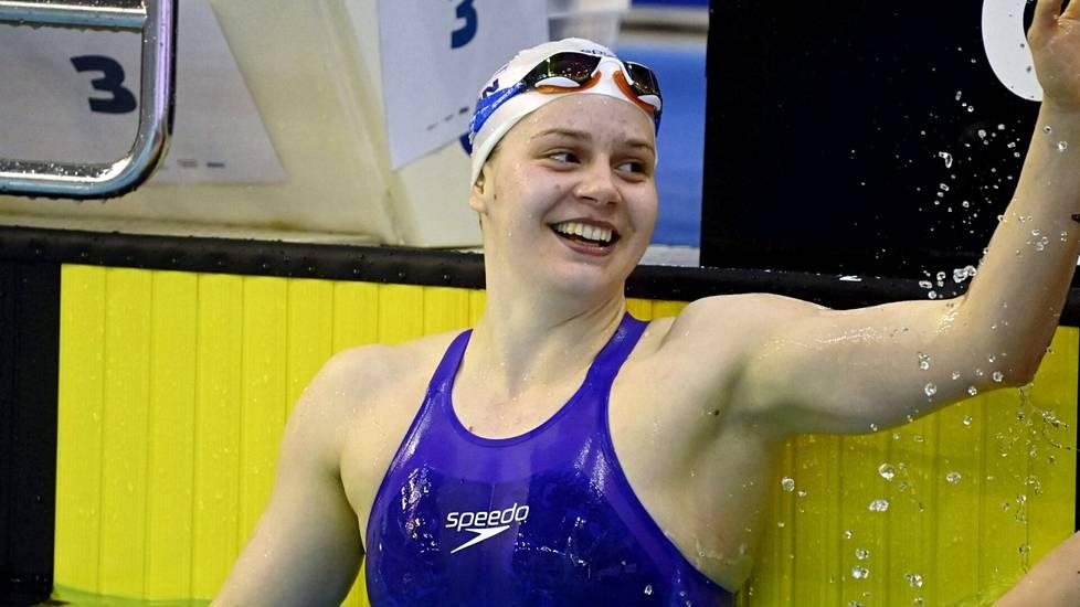Ida Hulkko voitti uransa ensimmäisen arvokisamitalin, hopean, Budapestin EM-altaassa 23. toukokuuta 2021.