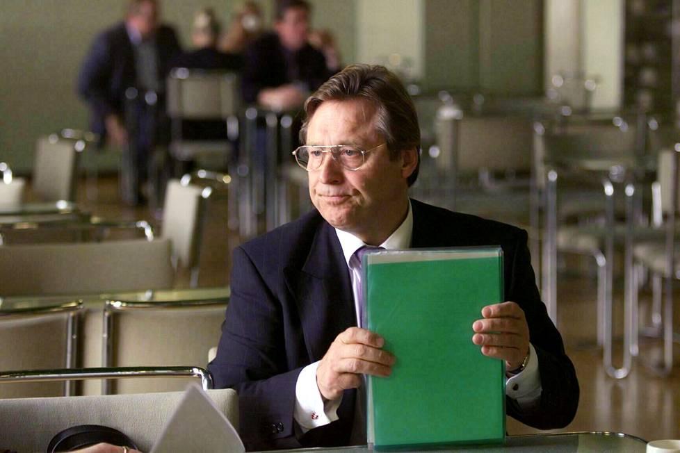 Lontoon suurlähettiläs 1999.