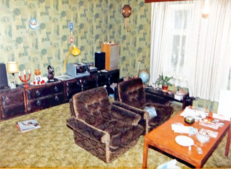 Poliisi otti Pekan asunnosta kuitunäytteitä.